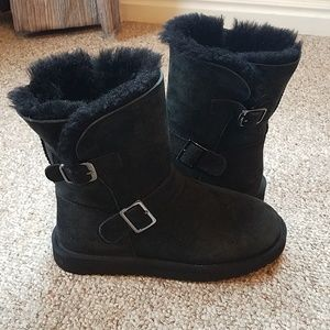 Brand New Fluffy Boots